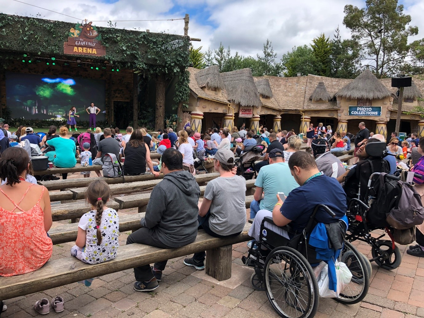 Short Breaks with HF Mencap